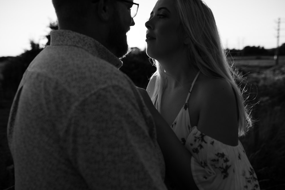 Jess-mat-portsmouth-engagement-shoot-20.jpg