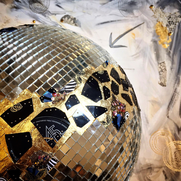 Magic FM- Mirror Ball