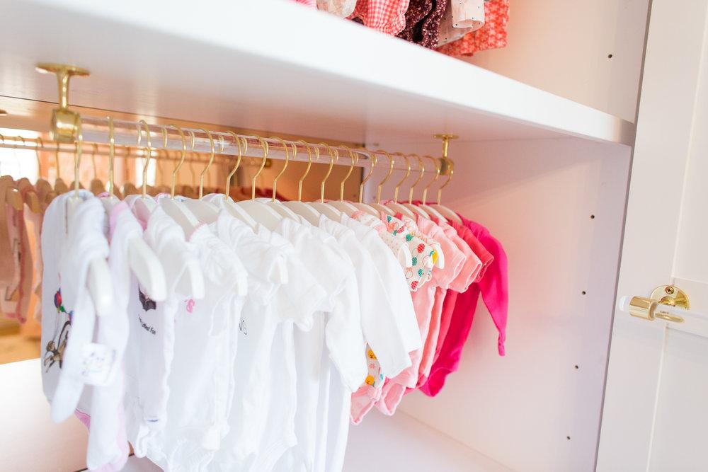 ali_fedotowsky_nursery_closet_christine_farah18.jpg