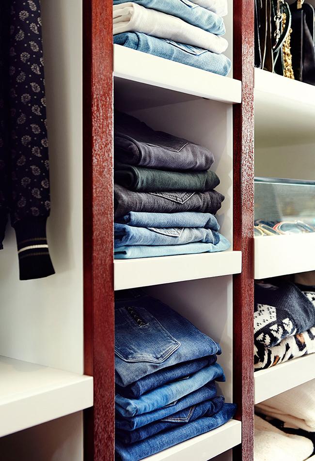 La-closet-design-jeans-bar.jpg