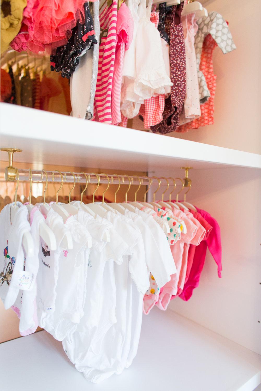 ali_fedotowsky_nursery_closet_christine_farah19.jpg