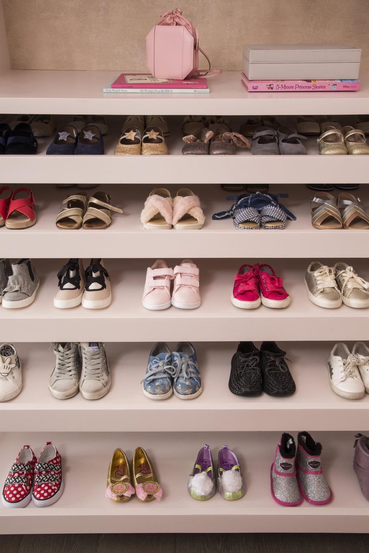 LIsaAdams_Carlyle_BabyBelShoes_HR.jpg