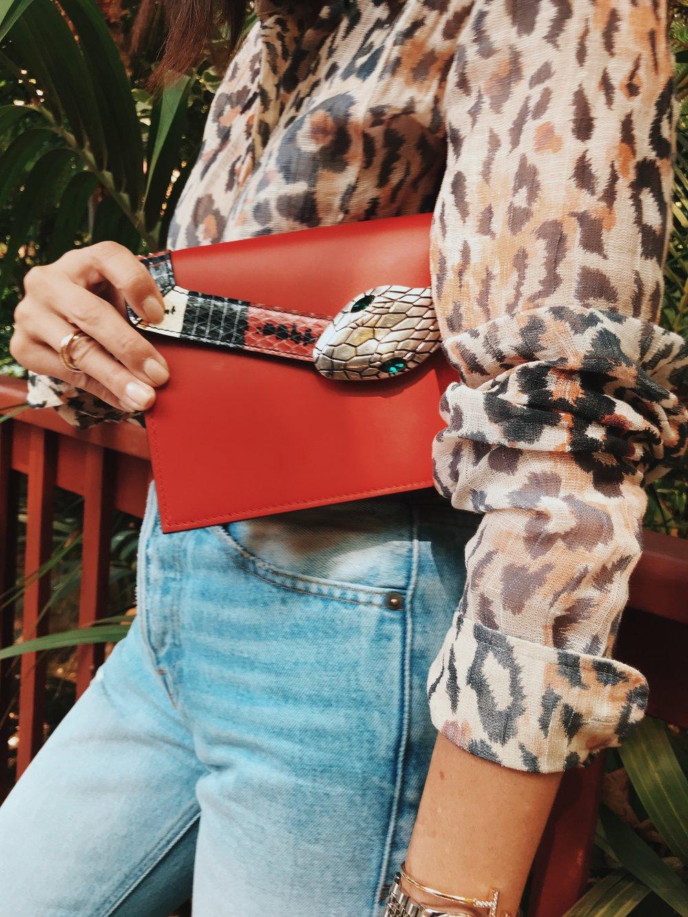 Jeans: frame | blouse: chloe | bag: gucci | Pumps: prada | sunglasses: cartier | Hair: nicolas flores | Make-up: Blushington | Photo: Drew evans