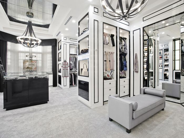 home-featuring-chanel-boutique-closet-253992-1522851880840-main.700x0c.jpg
