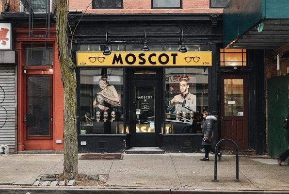 MOSCOT-RETAIL-COURT-3.jpg