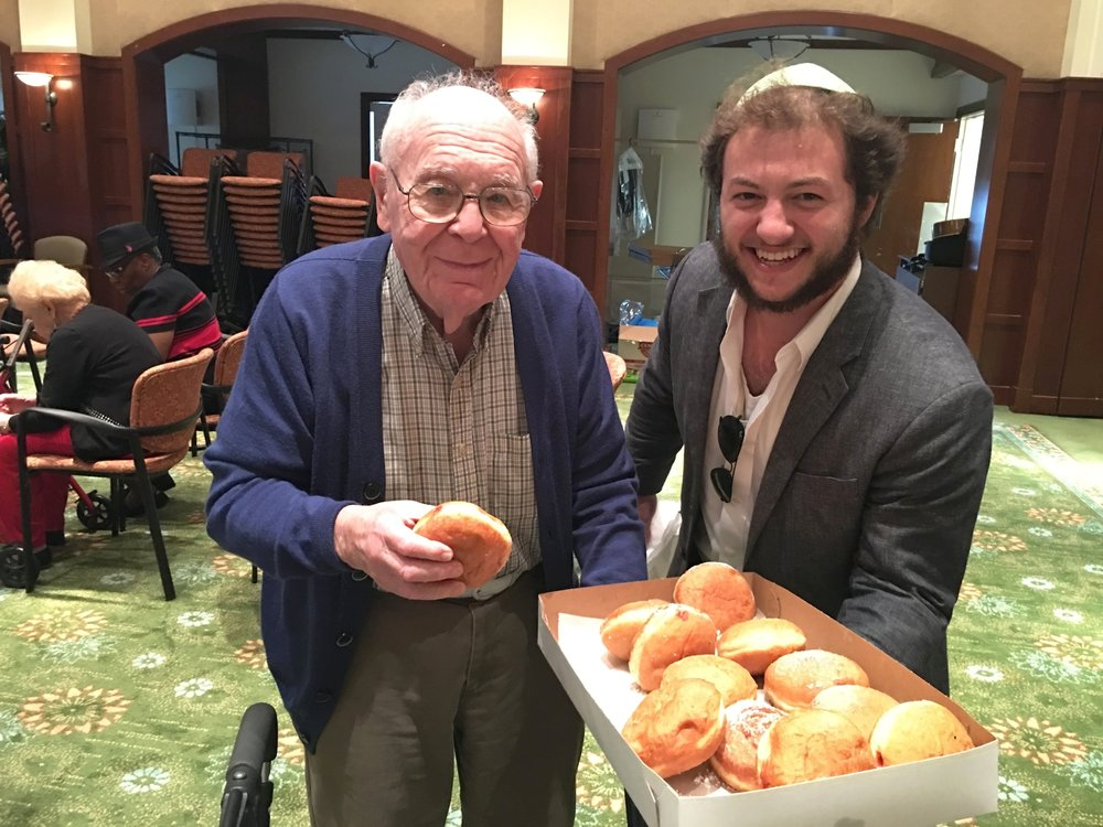 Pre-Shabbat Musical at Tradition - Fridays, 3:00 pmOur teen volunteers join Rabbi Yosef to bring the joy of Shabbat to the resident seniors at Tradition of the Palm Beaches, an assisted living facility.