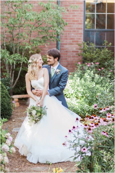 Romantic Vine Street Wedding_0130b