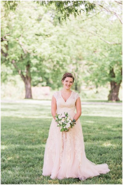 Vibrant Ravenswood Mansion Summer Wedding_0233