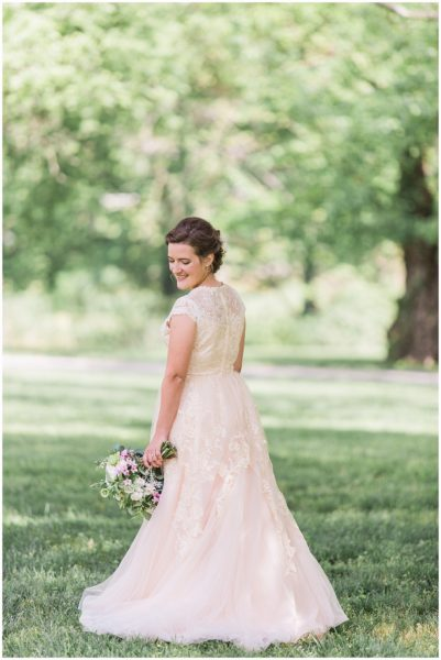 Vibrant Ravenswood Mansion Summer Wedding_0238