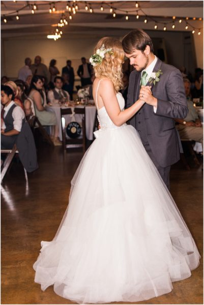 Romantic Vine Street Wedding_0154a