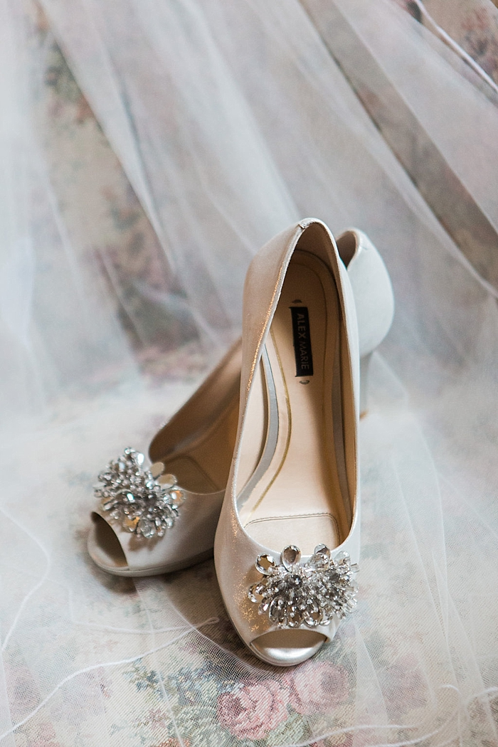 natural-and-charming-riverwood-mansion-wedding_0014