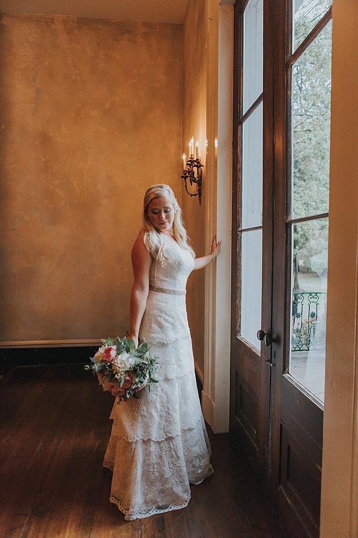 natural-and-charming-riverwood-mansion-wedding_0035