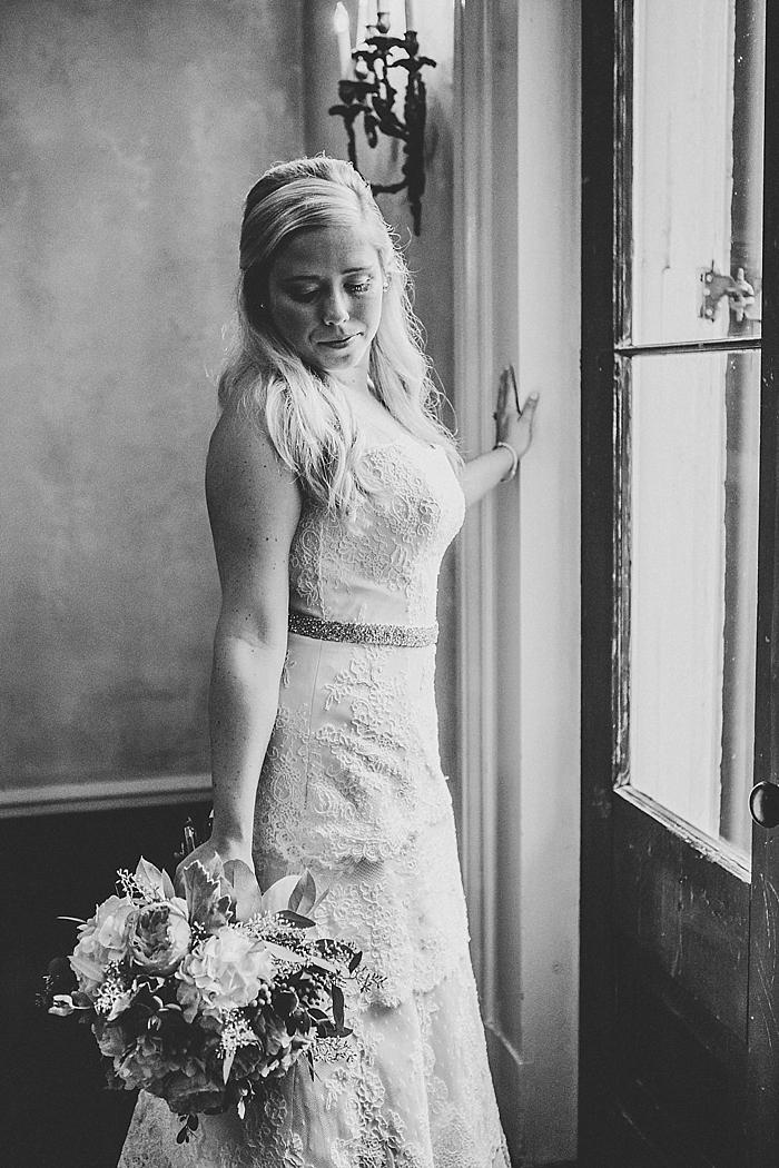 natural-and-charming-riverwood-mansion-wedding_0037