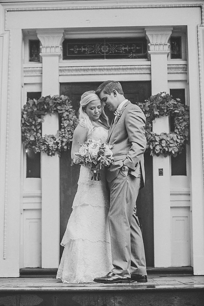 natural-and-charming-riverwood-mansion-wedding_0046