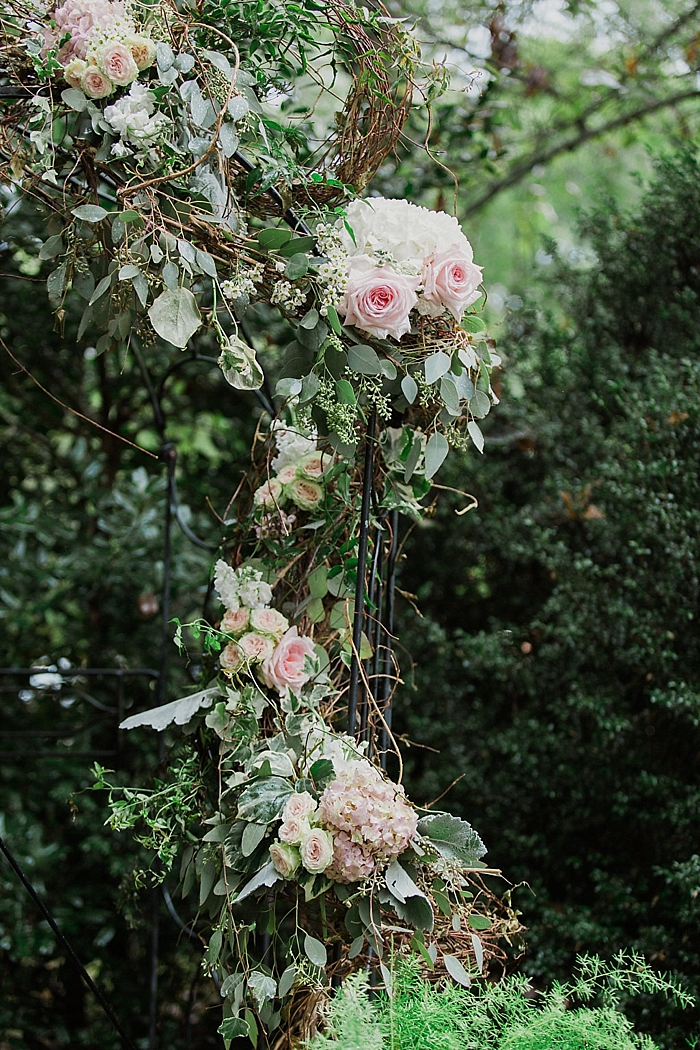 natural-and-charming-riverwood-mansion-wedding_0073