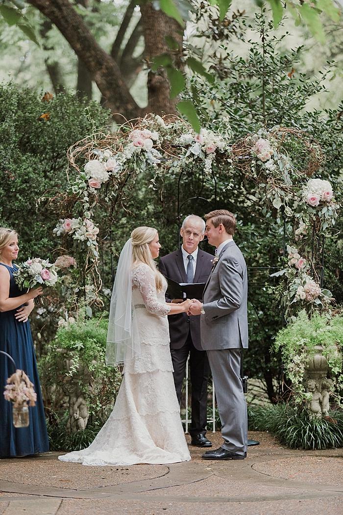 natural-and-charming-riverwood-mansion-wedding_0085