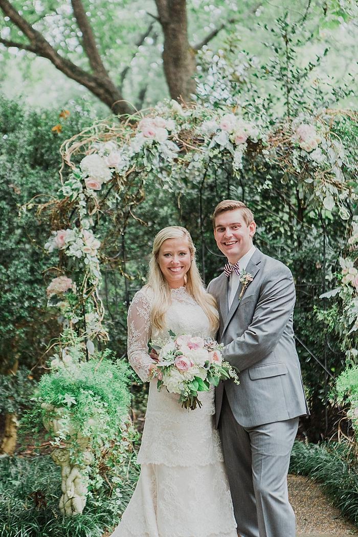 natural-and-charming-riverwood-mansion-wedding_0093