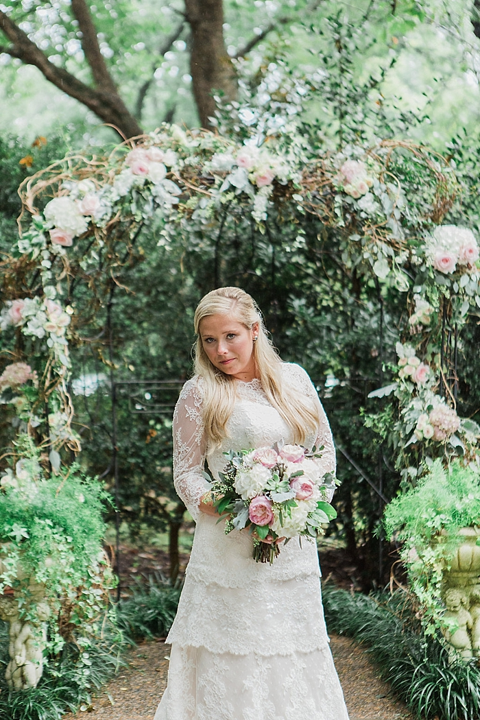 natural-and-charming-riverwood-mansion-wedding_0095