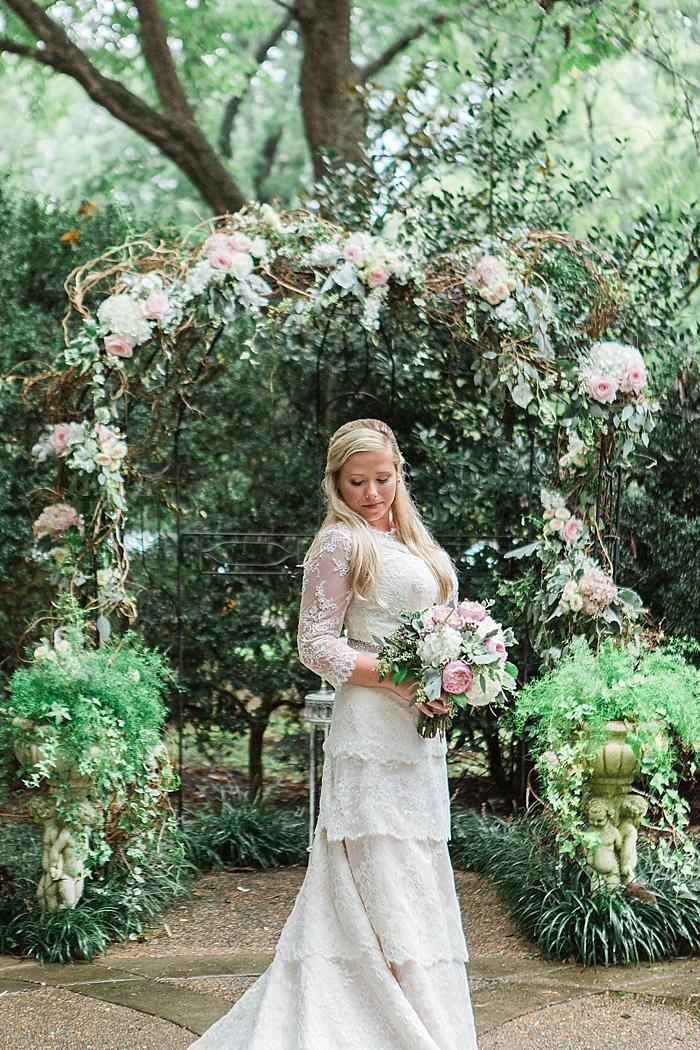 natural-and-charming-riverwood-mansion-wedding_0096