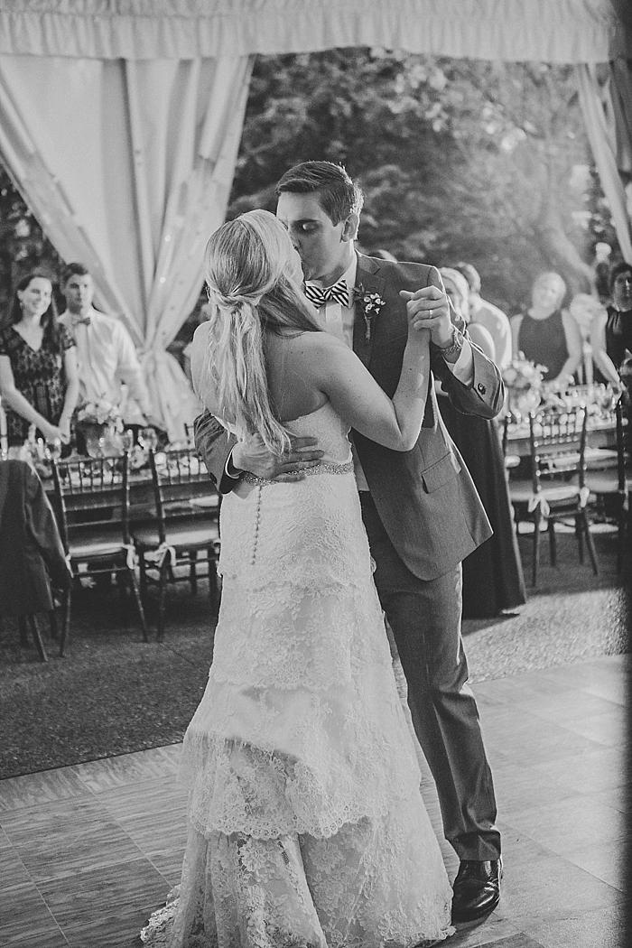 natural-and-charming-riverwood-mansion-wedding_0112