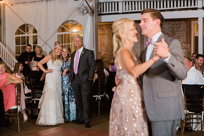 natural-and-charming-riverwood-mansion-wedding_0116