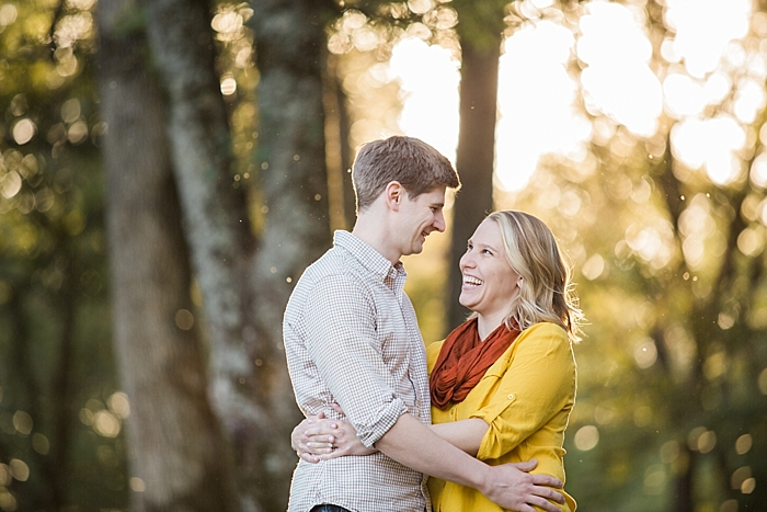 golden-autumn-outdoor-engagement-nashville-wedding-photographer_0014