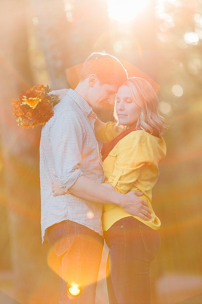 golden-autumn-outdoor-engagement-nashville-wedding-photographer_0017