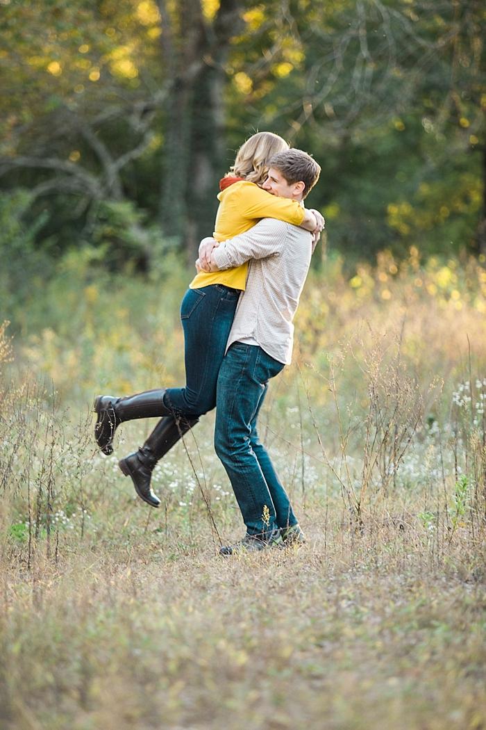 golden-autumn-outdoor-engagement-nashville-wedding-photographer_0019