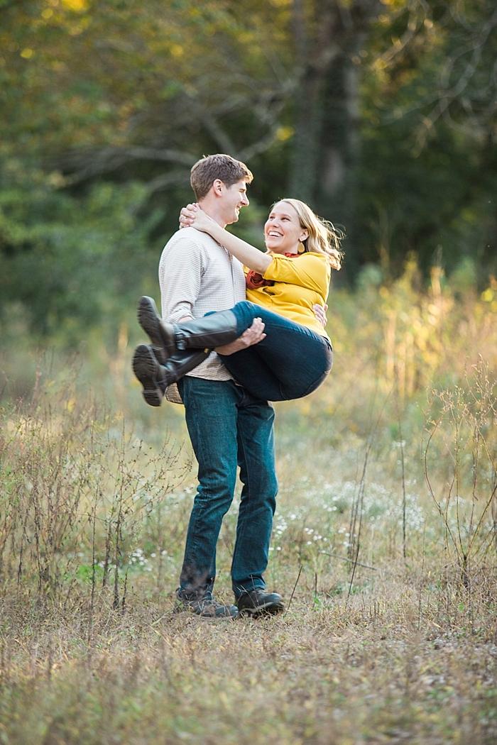 golden-autumn-outdoor-engagement-nashville-wedding-photographer_0020