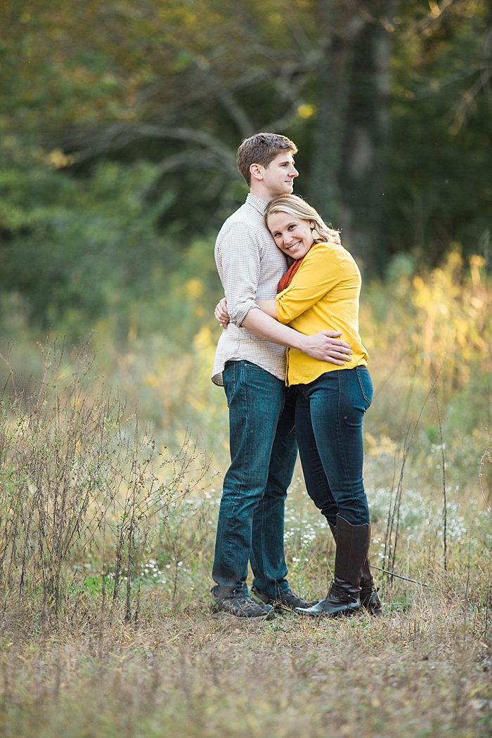 golden-autumn-outdoor-engagement-nashville-wedding-photographer_0022