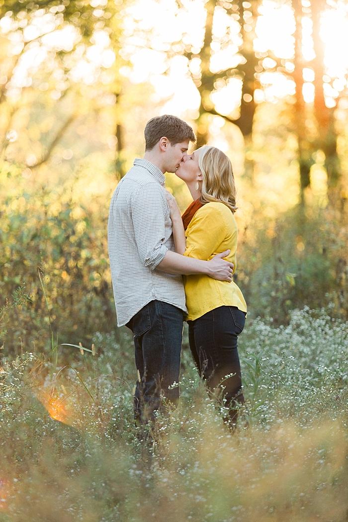 golden-autumn-outdoor-engagement-nashville-wedding-photographer_0027