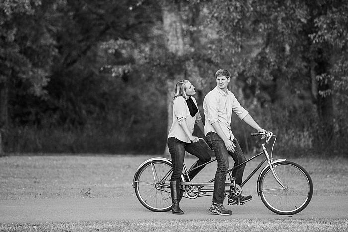 golden-autumn-outdoor-engagement-nashville-wedding-photographer_0030