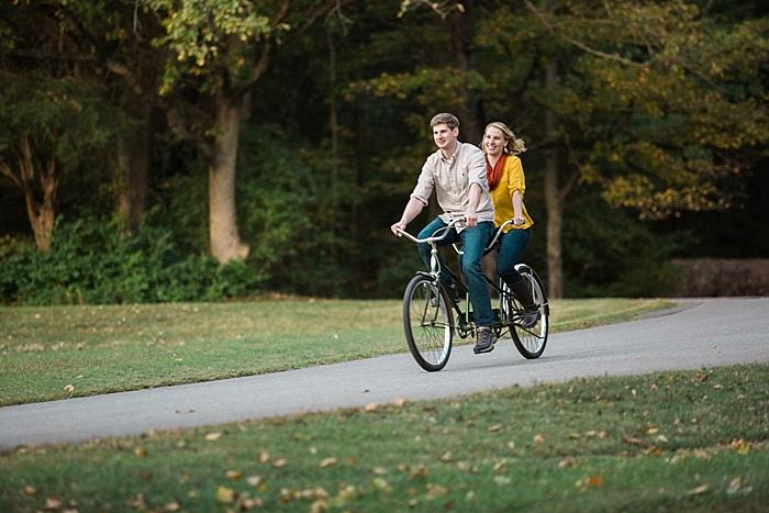 golden-autumn-outdoor-engagement-nashville-wedding-photographer_0033