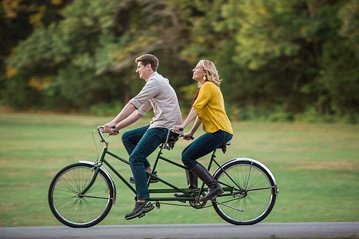 golden-autumn-outdoor-engagement-nashville-wedding-photographer_0034