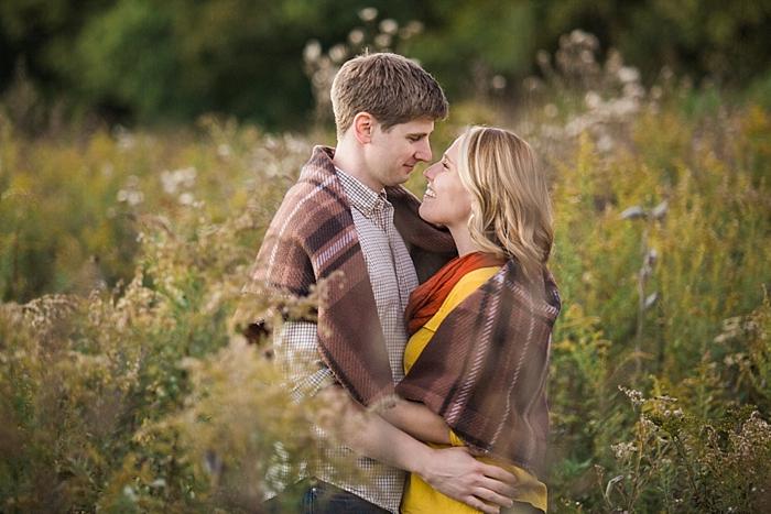golden-autumn-outdoor-engagement-nashville-wedding-photographer_0038