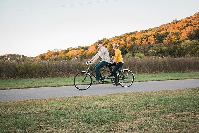 golden-autumn-outdoor-engagement-nashville-wedding-photographer_0048