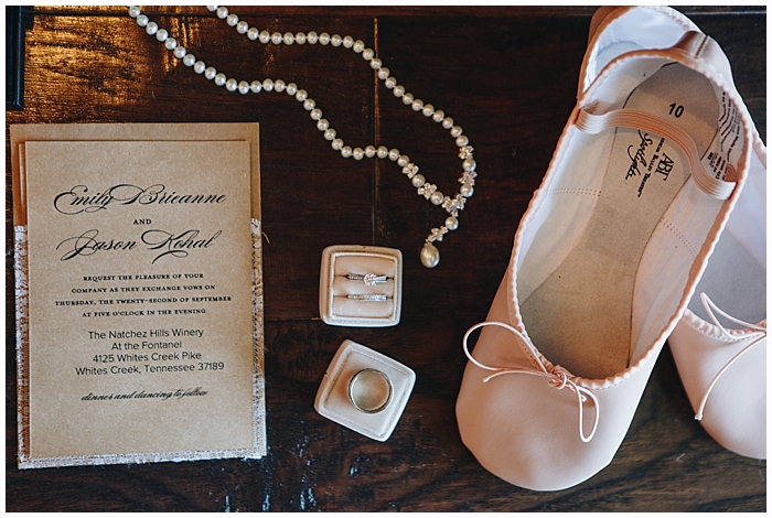 rustic-provincial-natchez-winery-wedding_0018