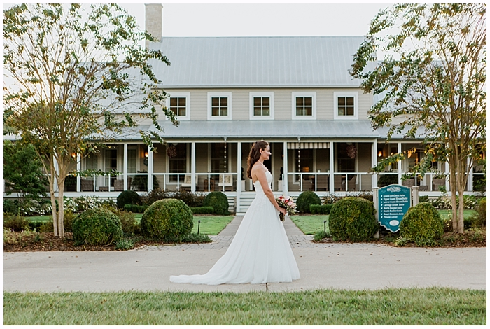 rustic-provincial-natchez-winery-wedding_0039