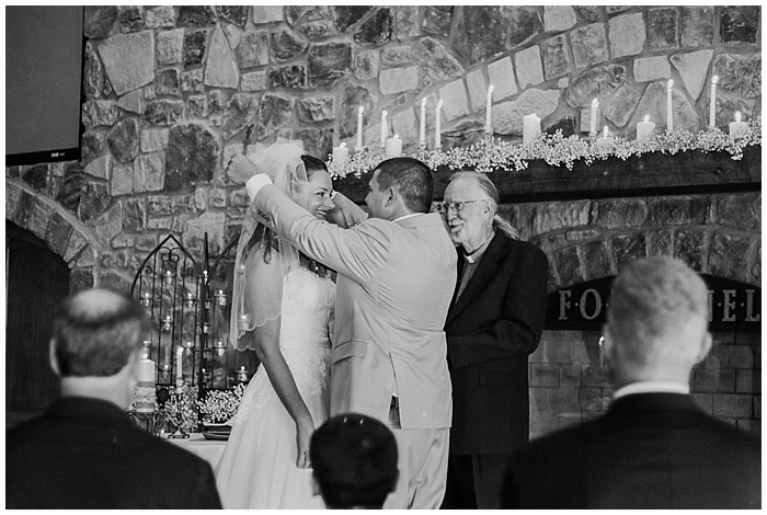 rustic-provincial-natchez-winery-wedding_0070