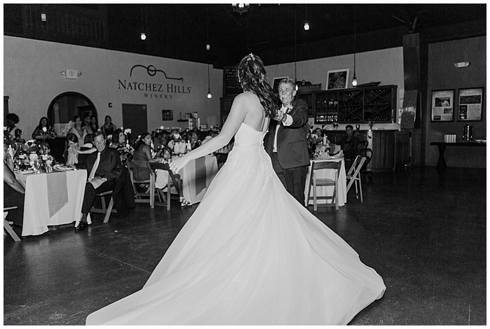 rustic-provincial-natchez-winery-wedding_0103
