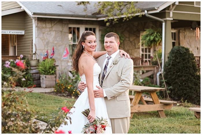 rustic-provincial-natchez-winery-wedding_0109