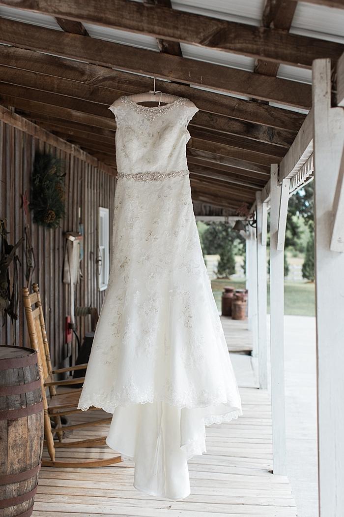 sylvan-saddle-woods-farm-wedding_0002