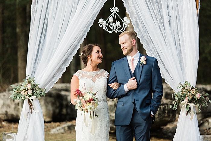 sylvan-saddle-woods-farm-wedding_0092