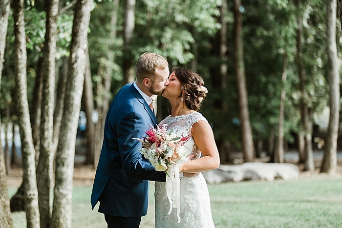 sylvan-saddle-woods-farm-wedding_0098