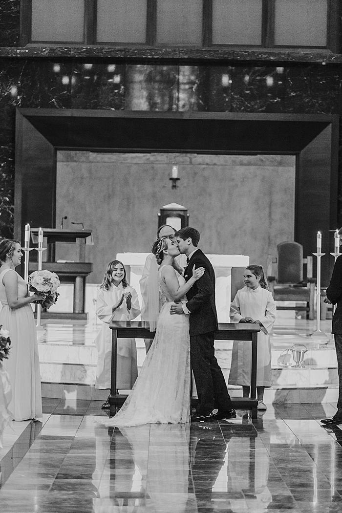 st-henry-catholic-church-nashville-wedding-photography_0092