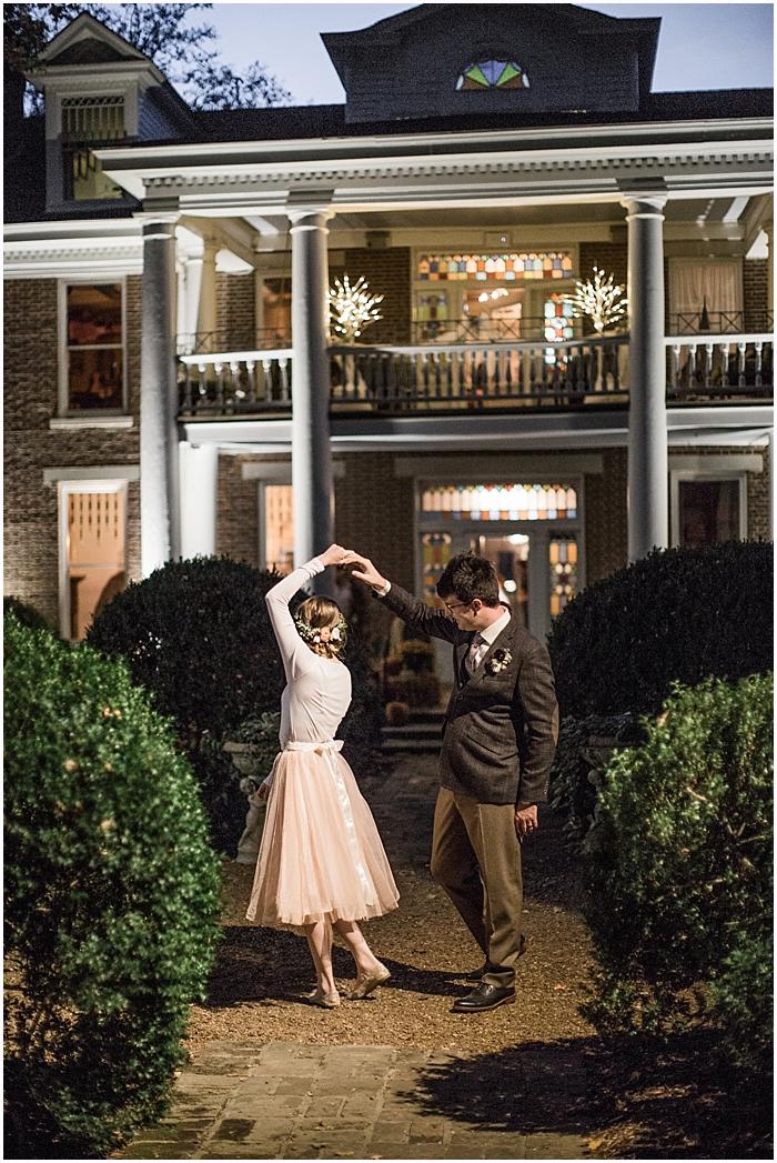 intimate-homestead-manor-elopement-nashville-wedding-photographer_0091