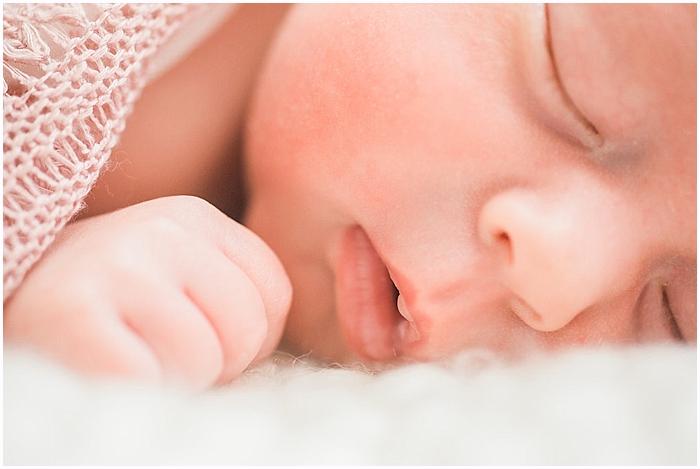 SarahSidwellPhotography_studio_nashville newborn photographer_0014.jpg