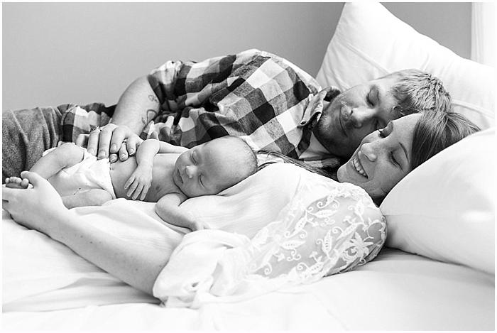 SarahSidwellPhotography_studio_nashville newborn photographer_0027.jpg