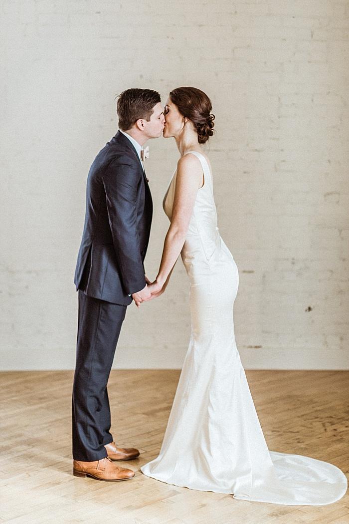 SarahSidwellPhotography_vibrantcolorfulnashvilleelopementweddingphotographer_Nashvilleweddingphotographer_0071.jpg