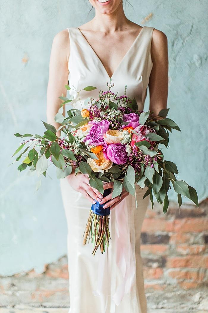 SarahSidwellPhotography_vibrantcolorfulnashvilleelopementweddingphotographer_Nashvilleweddingphotographer_0075.jpg